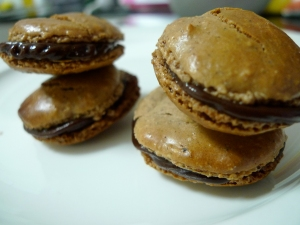 Recipe: Hazelnut Macarons with Chocolate Nutella Ganache