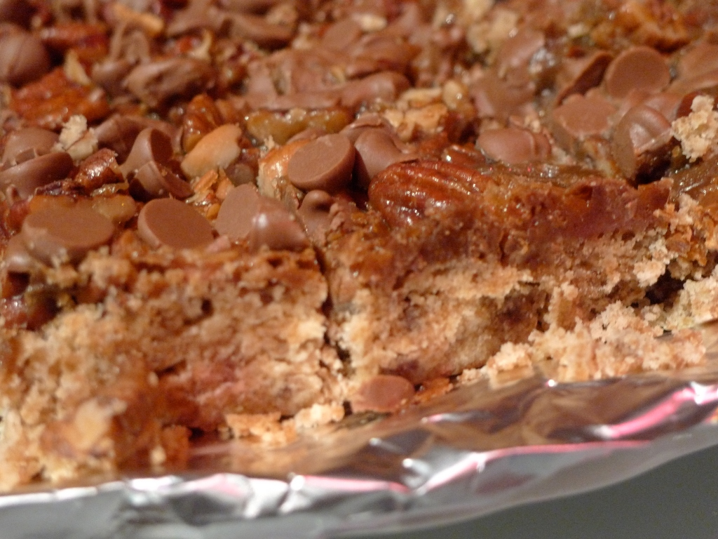 Recipe: Toffee Pecan Chocolate Chip Bar