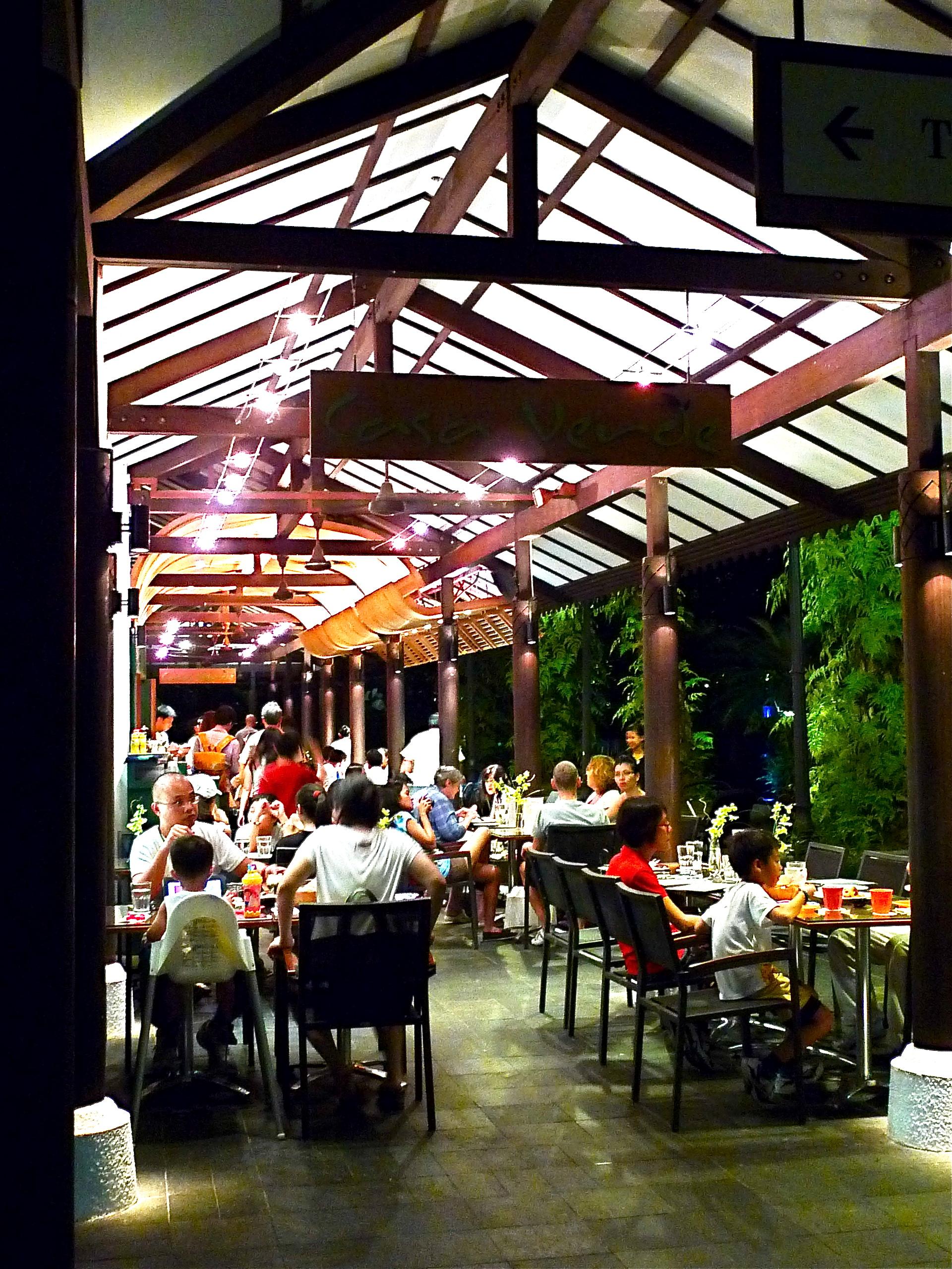 Casa verde botanic gardens gninethree singapore food for Au jardin les amis restaurant singapore
