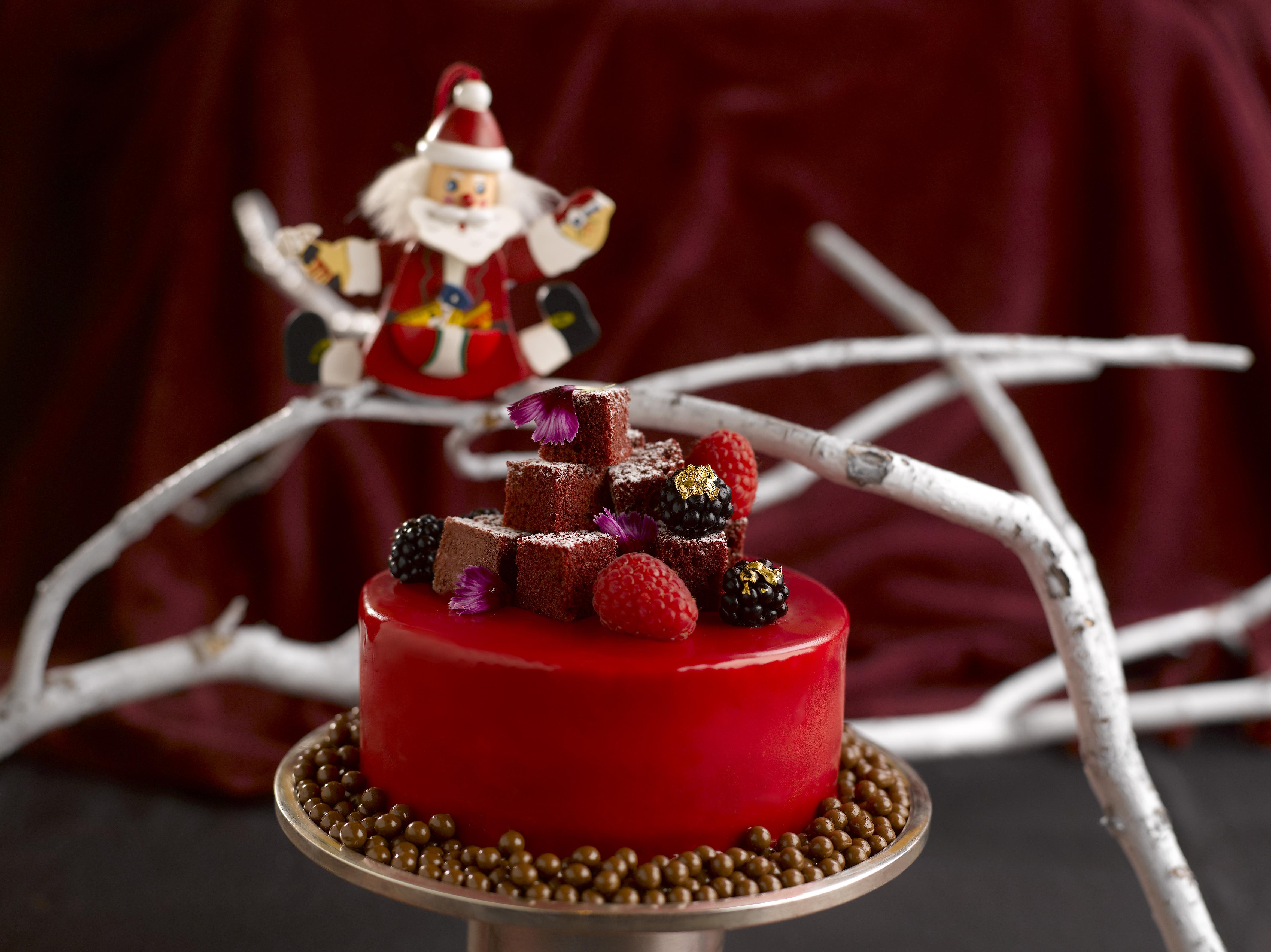 Santa's Shop Red Velvet Cake